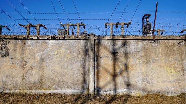 Időtálló betonkerítés