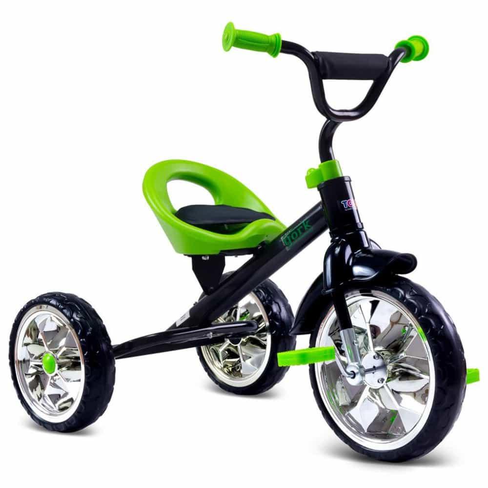 Gyerek triciklivel szórakoztató a játék